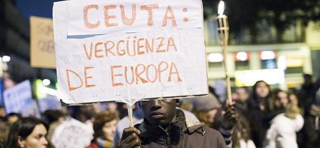 ceuta-inmigrante--647x300
