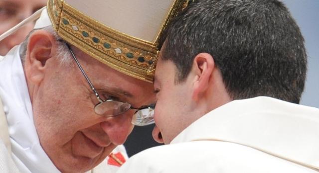 francisco a los nuevos sacerdotes